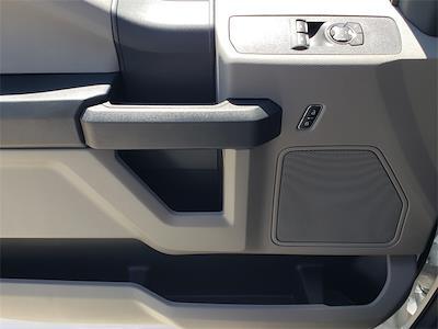 2022 F-550 Regular Cab DRW 4x2,  Cab Chassis #NEC13142 - photo 20
