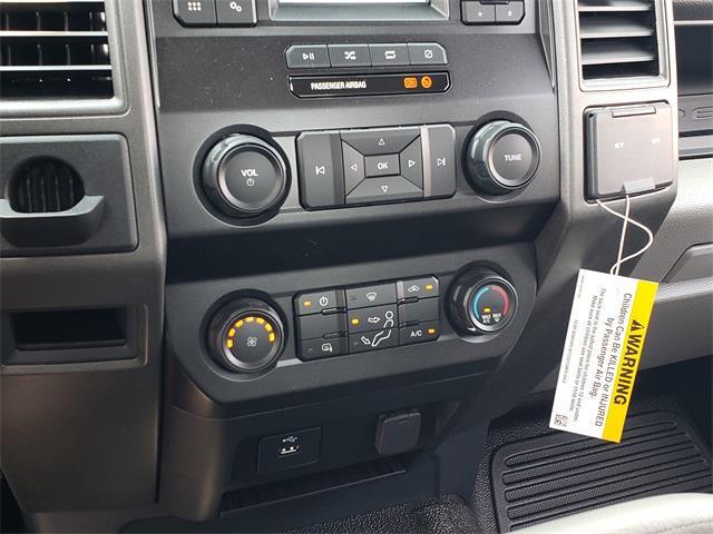 2022 F-550 Regular Cab DRW 4x2,  Cab Chassis #NEC13144 - photo 25