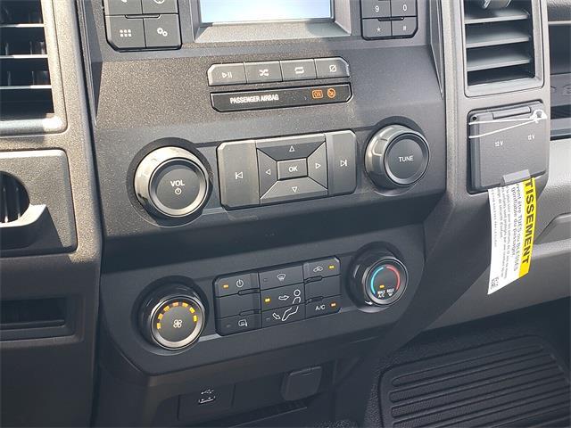2022 F-550 Regular Cab DRW 4x2,  Cab Chassis #NEC25912 - photo 27