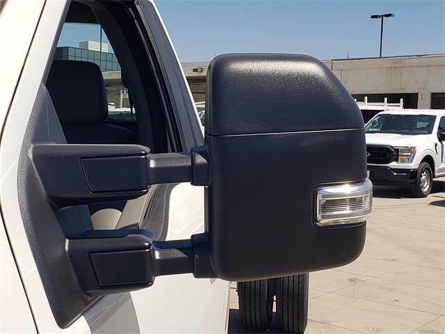 2022 F-550 Regular Cab DRW 4x2,  Cab Chassis #NEC25913 - photo 17