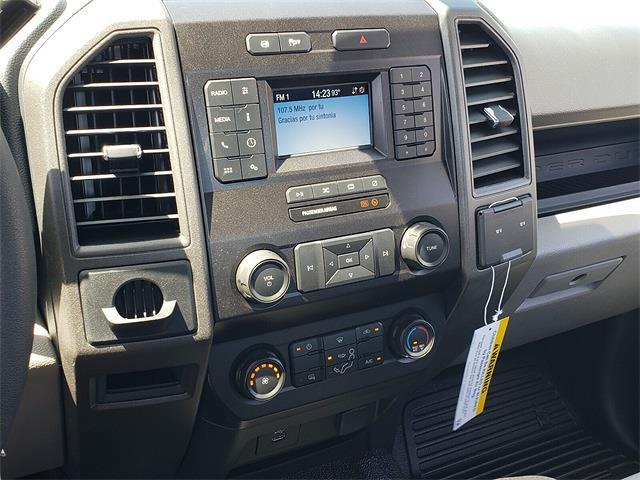 2022 F-550 Regular Cab DRW 4x2,  Cab Chassis #NEC25913 - photo 25