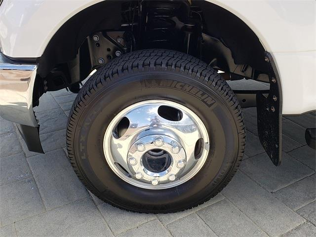 2019 Ford F-350 Crew Cab DRW 4x4, Pickup #P1076 - photo 12