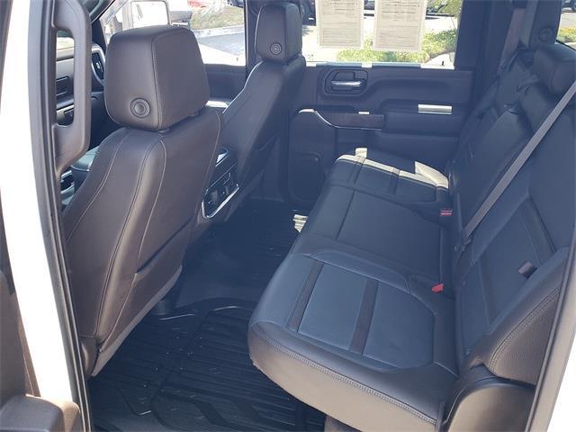 2020 GMC Sierra 2500 Crew Cab 4x4, Pickup #P1179 - photo 4