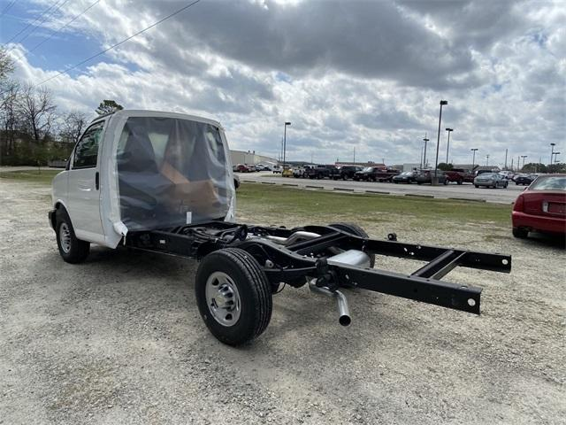 2020 Chevrolet Express 3500 4x2, Cutaway #N20266 - photo 1