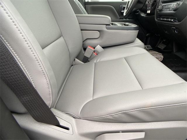2020 Chevrolet Silverado Medium Duty Crew Cab DRW 4x2, Knapheide Contractor Body #N20414 - photo 20