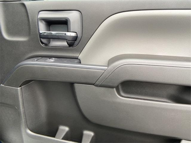 2020 Chevrolet Silverado Medium Duty Crew Cab DRW 4x2, Knapheide Contractor Body #N20414 - photo 21