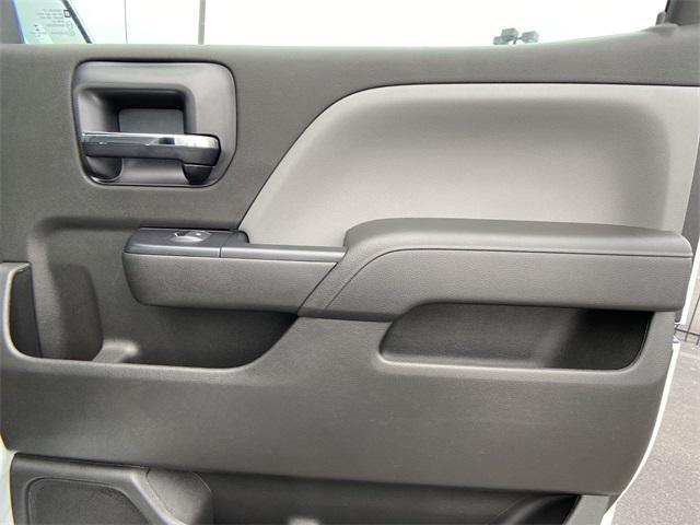 2020 Chevrolet Silverado Medium Duty Crew Cab DRW 4x2, Knapheide Contractor Body #N20414 - photo 23