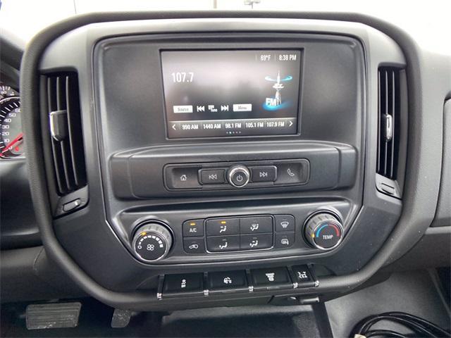 2020 Chevrolet Silverado Medium Duty Crew Cab DRW 4x2, Knapheide Contractor Body #N20414 - photo 32