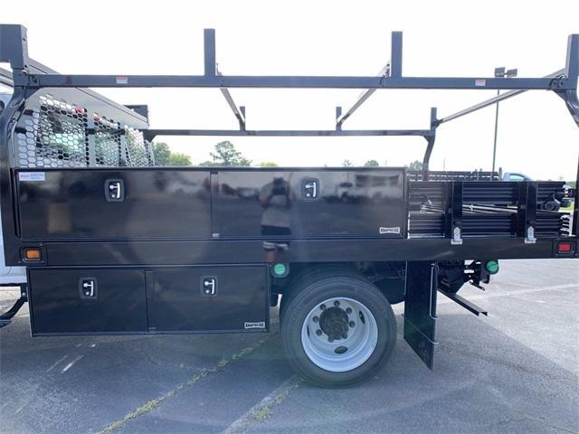 2020 Chevrolet Silverado Medium Duty Crew Cab DRW 4x2, Knapheide Contractor Body #N20414 - photo 8