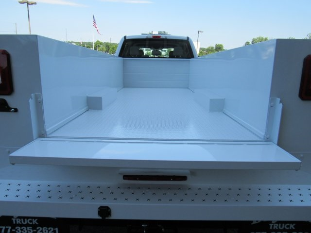 2019 F-550 Crew Cab DRW 4x4, Knapheide Standard Service Body #BE93186 - photo 33