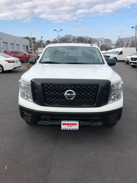 2019 Titan Crew Cab 4x4,  Pickup #E500052 - photo 3