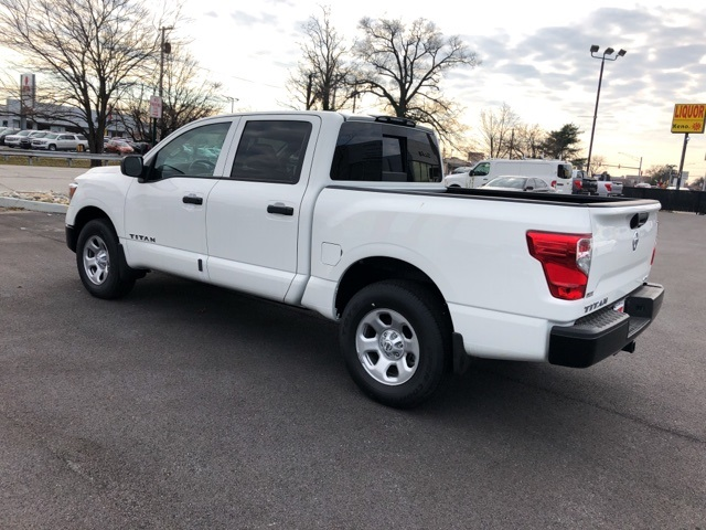 2019 Titan Crew Cab 4x4,  Pickup #E500052 - photo 2