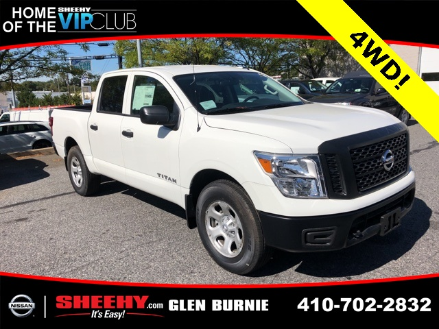 2019 Titan Crew Cab 4x4,  Pickup #E501845 - photo 1