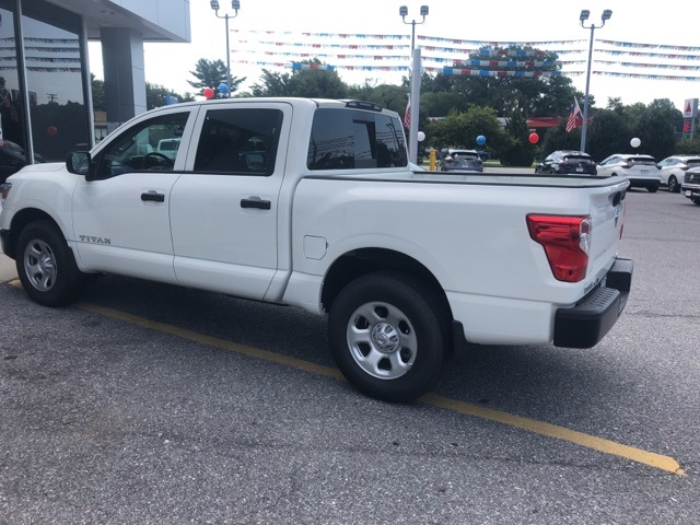 2019 Titan Crew Cab 4x4,  Pickup #E502535 - photo 5