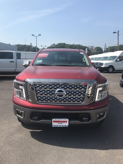2019 Titan Crew Cab 4x4,  Pickup #E502652 - photo 3