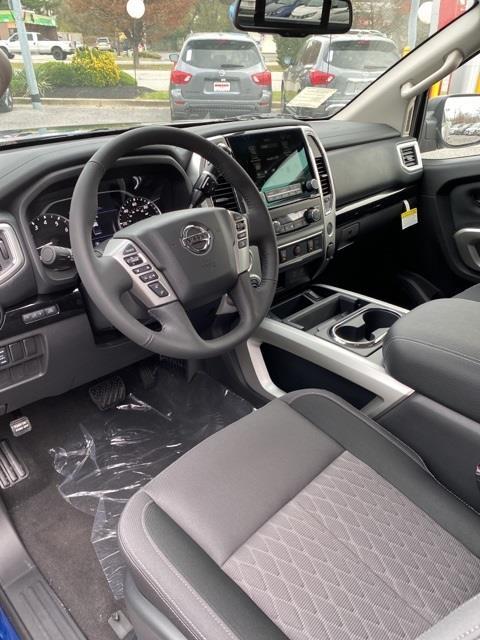 2021 Nissan Titan 4x4, Pickup #E508077 - photo 8