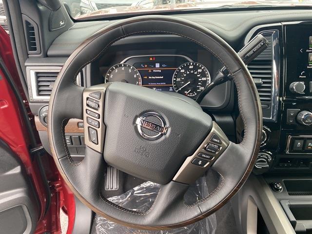 2021 Nissan Titan 4x4, Pickup #E508427 - photo 14