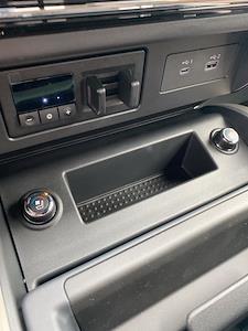 2021 Nissan Titan 4x4, Pickup #E508427 - photo 16