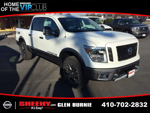 2019 Titan Crew Cab 4x4,  Pickup #E509993 - photo 1
