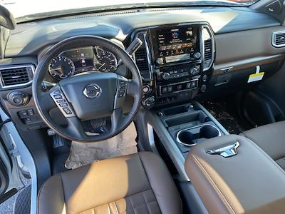 2021 Nissan Titan 4x4, Pickup #E510037 - photo 9