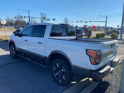 2021 Nissan Titan 4x4, Pickup #E510037 - photo 5