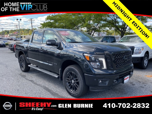 2019 Titan Crew Cab 4x4,  Pickup #E510473 - photo 1