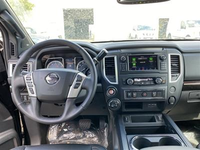 2019 Titan Crew Cab 4x4, Pickup #E510473 - photo 10