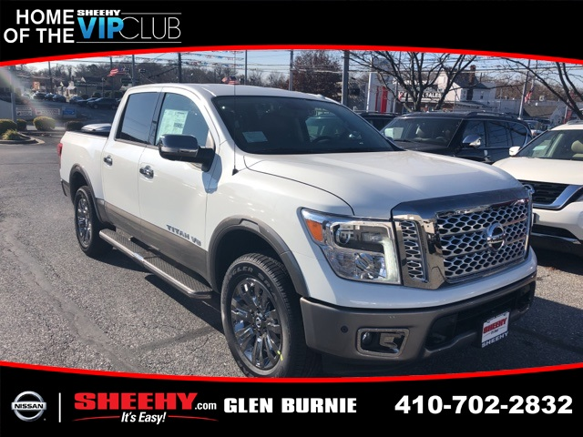 2019 Titan Crew Cab 4x4,  Pickup #E513079 - photo 1