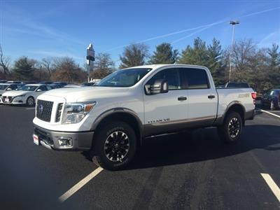 2019 Titan Crew Cab 4x4, Pickup #E514081 - photo 3