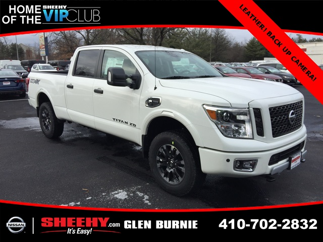 2019 Titan XD Crew Cab,  Pickup #E514346 - photo 1