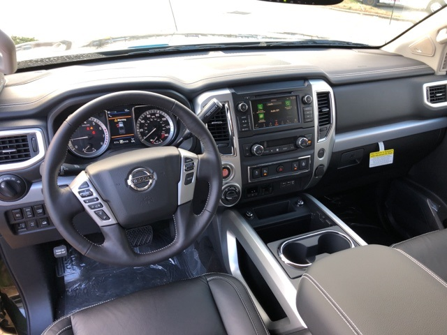 2019 Titan Crew Cab 4x4,  Pickup #E514365 - photo 9