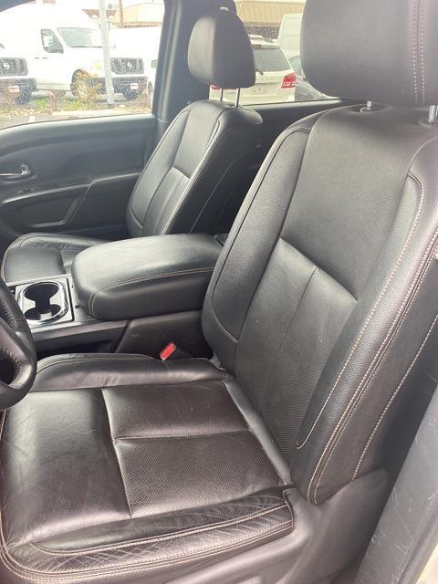 2018 Nissan Titan XD Crew Cab, Pickup #E516374A - photo 11