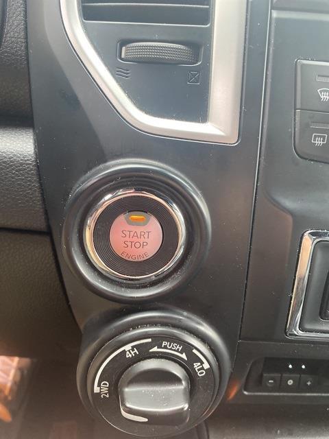 2018 Nissan Titan XD Crew Cab, Pickup #E516374A - photo 21