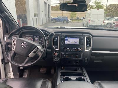 2018 Nissan Titan XD Crew Cab, Pickup #E516374A - photo 13