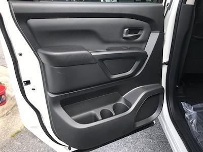 2021 Nissan Titan 4x4, Pickup #E526432 - photo 16