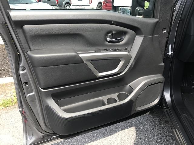 2021 Nissan Titan 4x4, Pickup #E526707 - photo 14