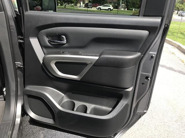 2021 Nissan Titan 4x4, Pickup #E526707 - photo 18