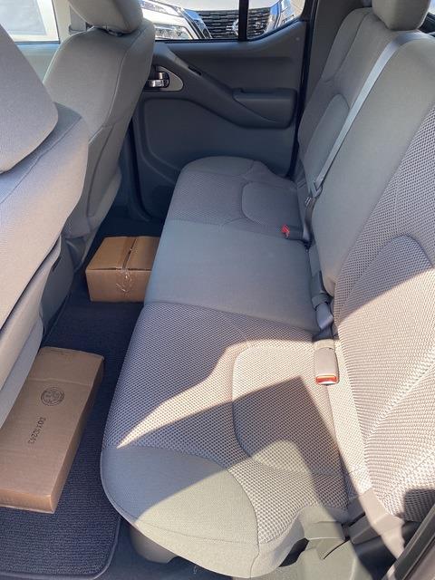 2021 Nissan Frontier 4x4, Pickup #E705678 - photo 10