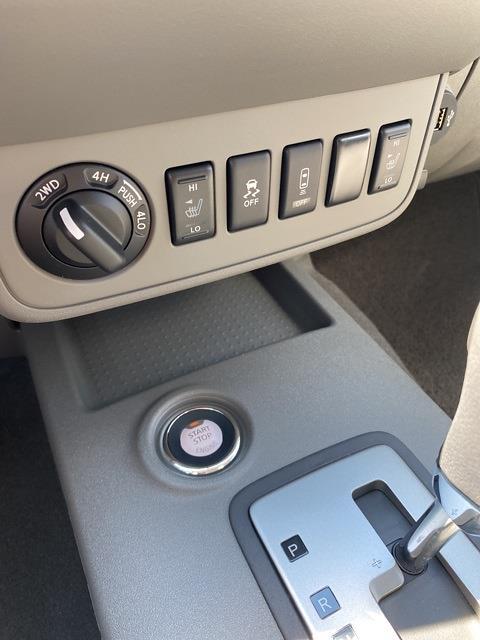 2021 Nissan Frontier 4x4, Pickup #E705678 - photo 17