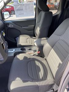 2020 Nissan Frontier King Cab 4x4, Pickup #E705791 - photo 8