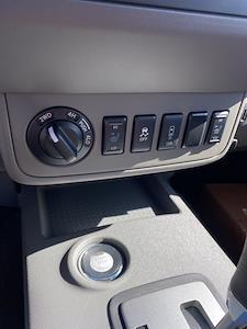 2021 Nissan Frontier 4x4, Pickup #E706212 - photo 17