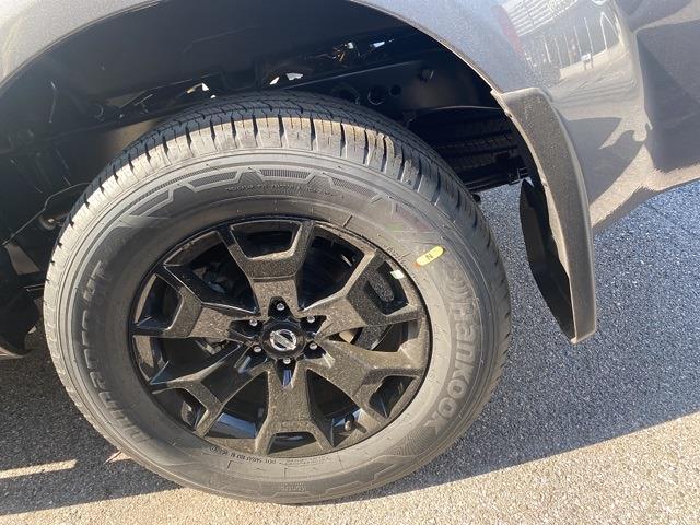 2021 Nissan Frontier 4x4, Pickup #E708363 - photo 17