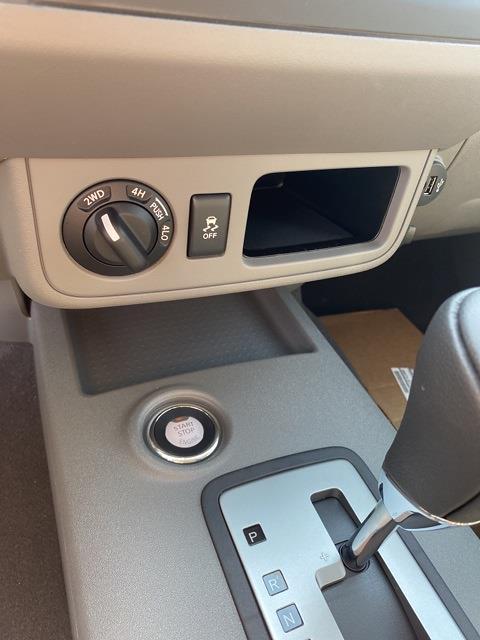 2021 Nissan Frontier 4x4, Pickup #E708968 - photo 21