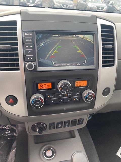 2020 Nissan Frontier Crew Cab 4x4, Pickup #E710591 - photo 26