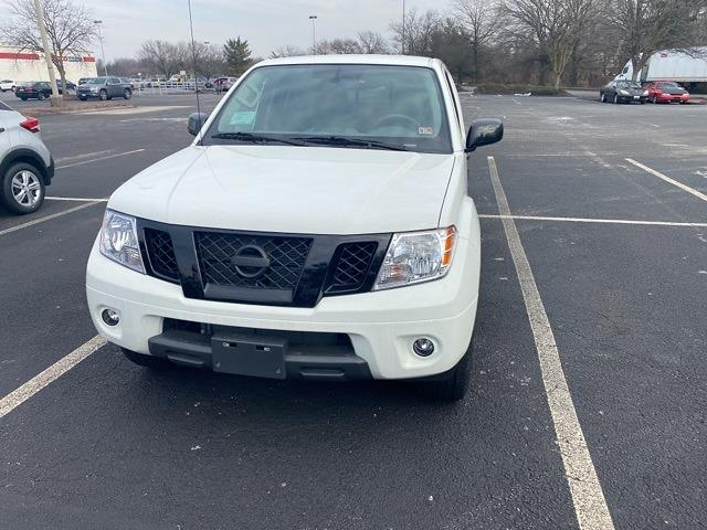2020 Nissan Frontier Crew Cab 4x4, Pickup #E710591 - photo 8