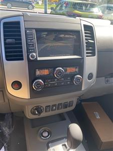 2020 Nissan Frontier Crew Cab 4x4, Pickup #E711451 - photo 16