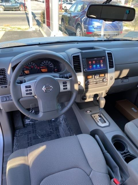 2020 Nissan Frontier Crew Cab 4x4, Pickup #E713174 - photo 15