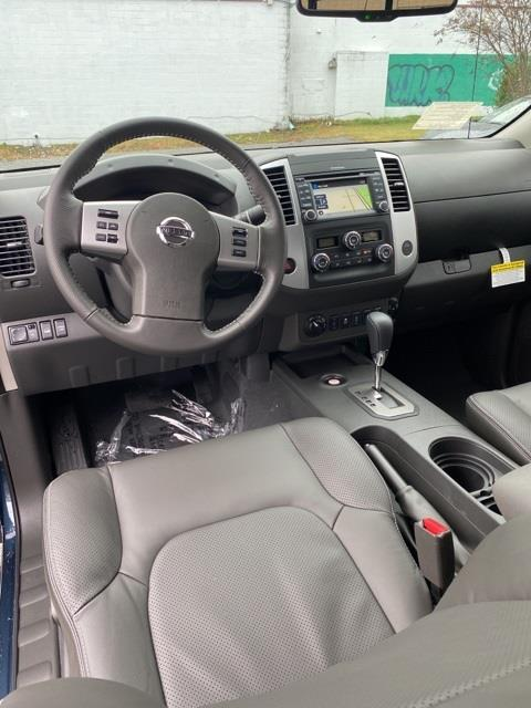 2020 Nissan Frontier Crew Cab 4x4, Pickup #E722253 - photo 12