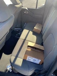 2020 Nissan Frontier Crew Cab 4x4, Pickup #E725282 - photo 16