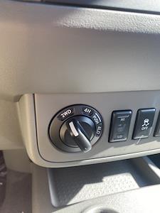 2020 Nissan Frontier Crew Cab 4x4, Pickup #E725282 - photo 23